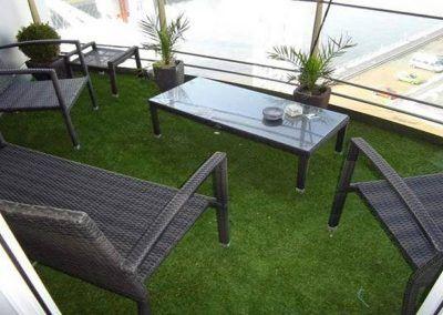 cesped artificial en terraza valencia